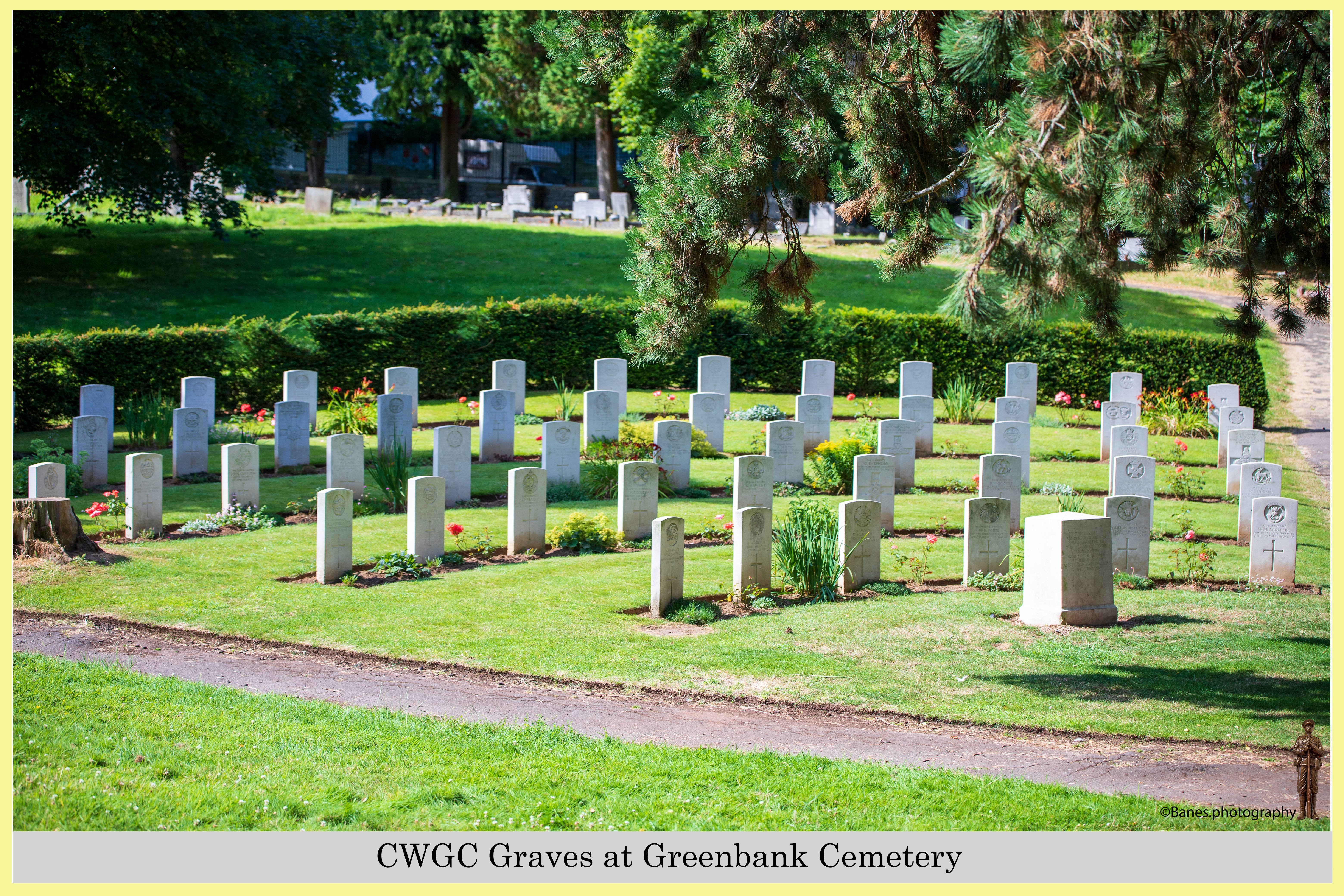 CWGC Graves at Greenbank Cemetery (04) (Postcard) Ref 6505-2