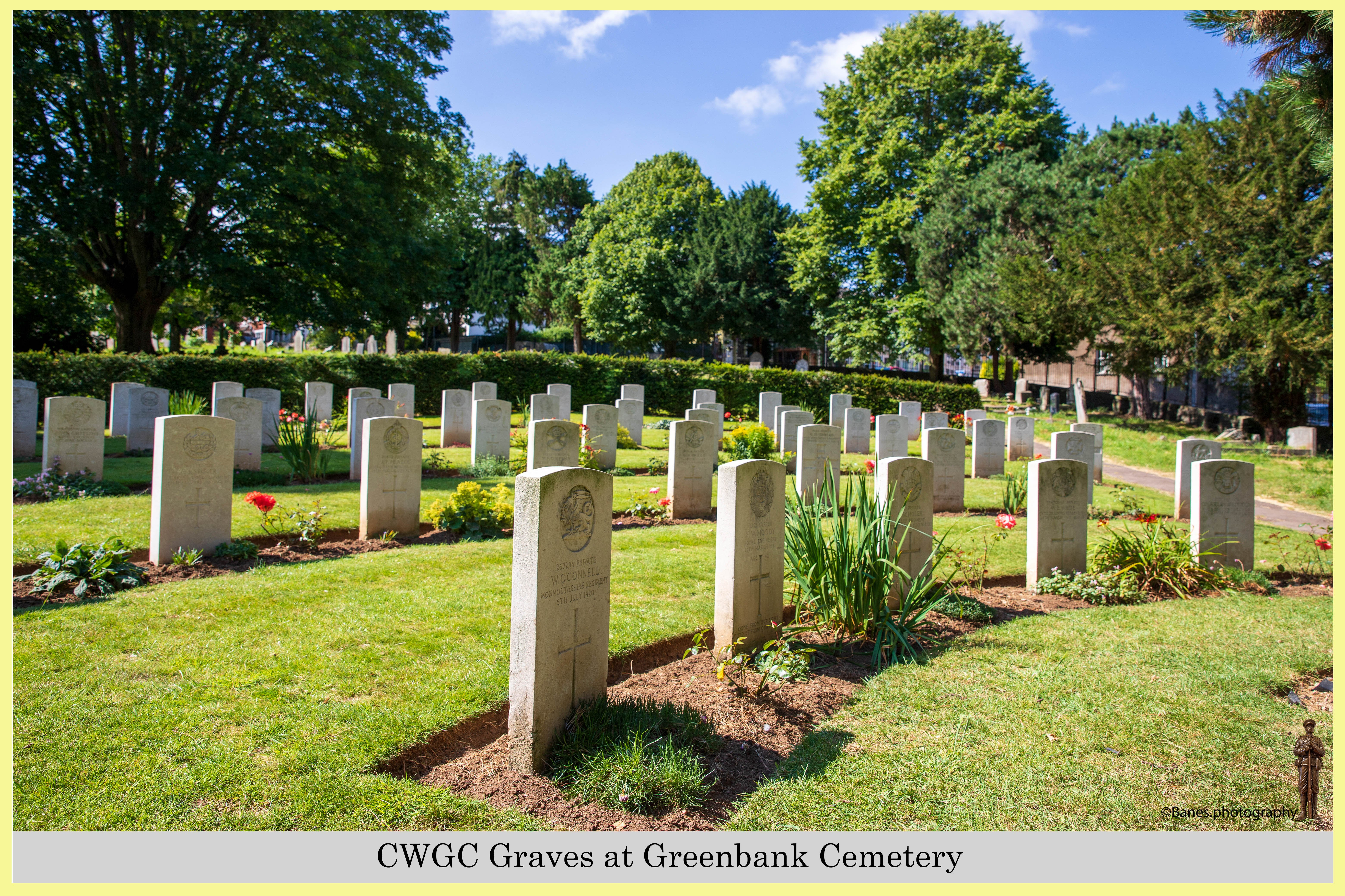 CWGC Graves at Greenbank Cemetery (07) (Postcard) Ref 6508-2