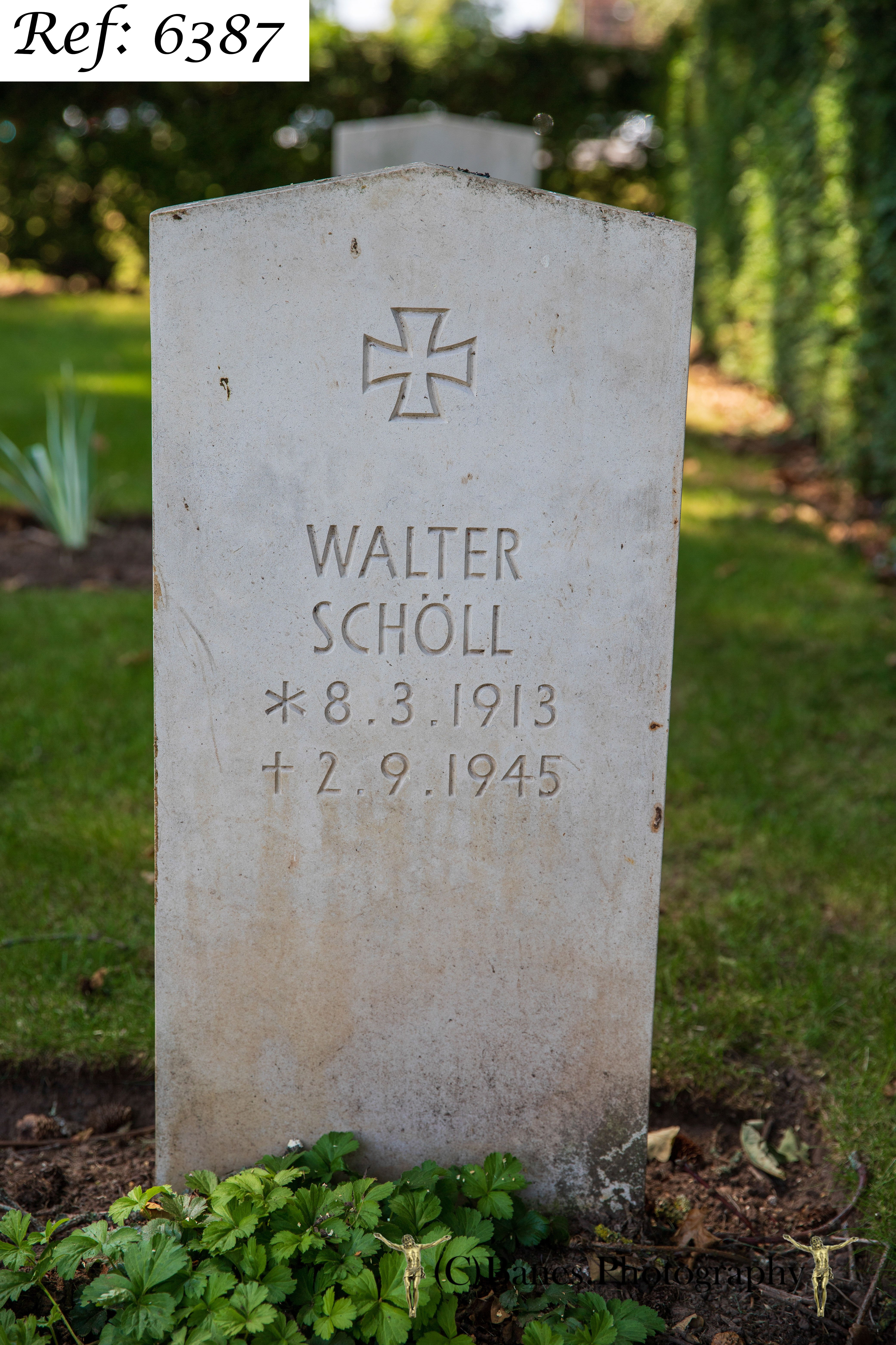 Schoell, Walter Emil, Beachley Military Cemetery (Web 2 WM) Ref 6387
